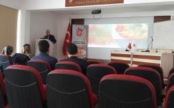Abdülkadir KÜLAHÇIOĞLU Ankara Üniversitesi Beslenme ve Diyetetik Bölümü öğrencilerine 'Makarna'nın hikayesini' anlattı.