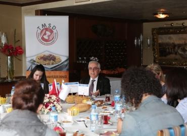 Abdülkadir KÜLAHÇIOĞLU İstanbul'da ekonomi muhabirleriyle bir araya geldi